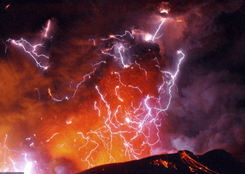 mysterious natural phenomena, volcanic lightning