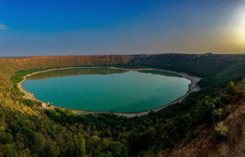 7 Highly Unusual lakes